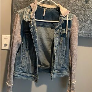 FREE PEOPLE DENIM JACKET GREAT CONDITION